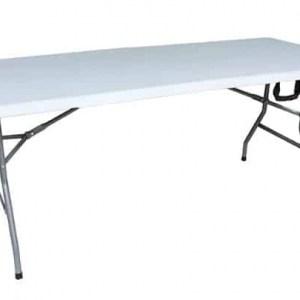 שולחן פלסטיק להשכרה