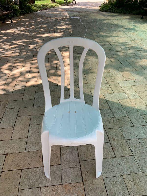 כסא פלסטיק להשכרה (1)