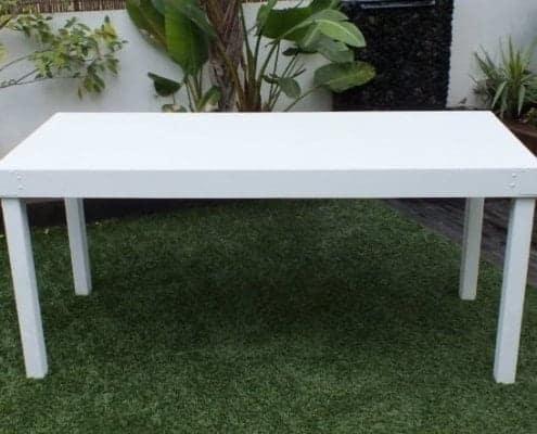 שולחן לבן להשכרה 80ָX200