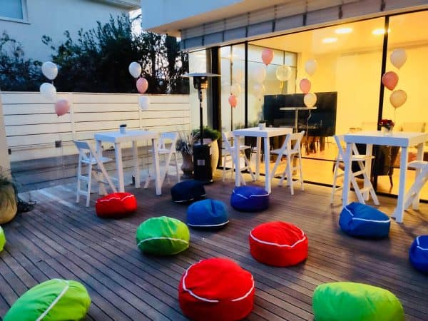 פופים ישיבה צבעוניים אירוע