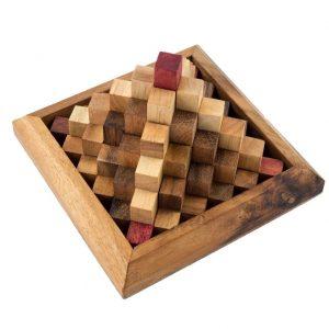 פרמידת מדרגות - משחקי חשיבה מעץ