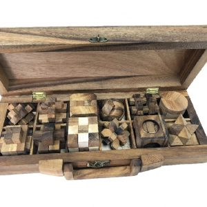 תיבת 12 פאזלים מהודרת - משחקי חשיבה מעץ