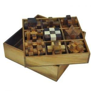 תיבת 9 פאזלים - משחקי חשיבה מעץ