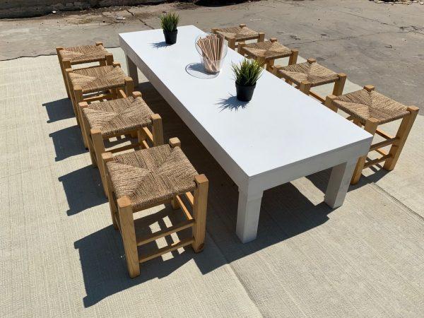 שולחן לישיבה נמוכה